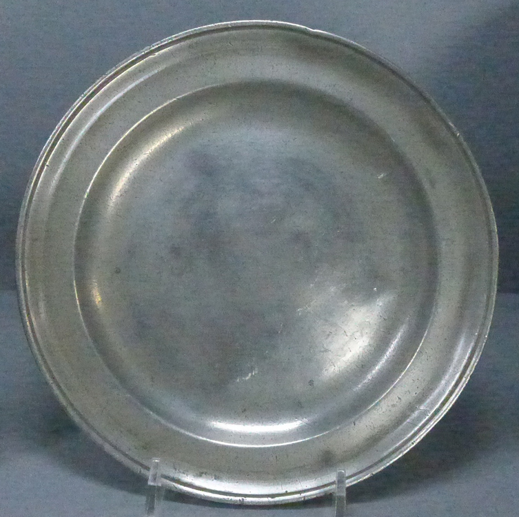 Antique Pewter Plates : Pewter antique pewtertrio of plates that make perfect